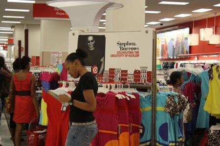 Nhờ dữ liệu lớn, nhà bán lẻ Target (Mỹ), những người có thể dự đoán rất chính xác khi nào một khách hàng của họ sẵn sàng mang thai. Ảnh: CBSnews.